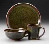 Teadust dinnerware